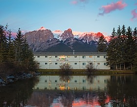 Bow valley motel canmore sunset