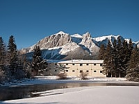 Bow valley motel winter canmore